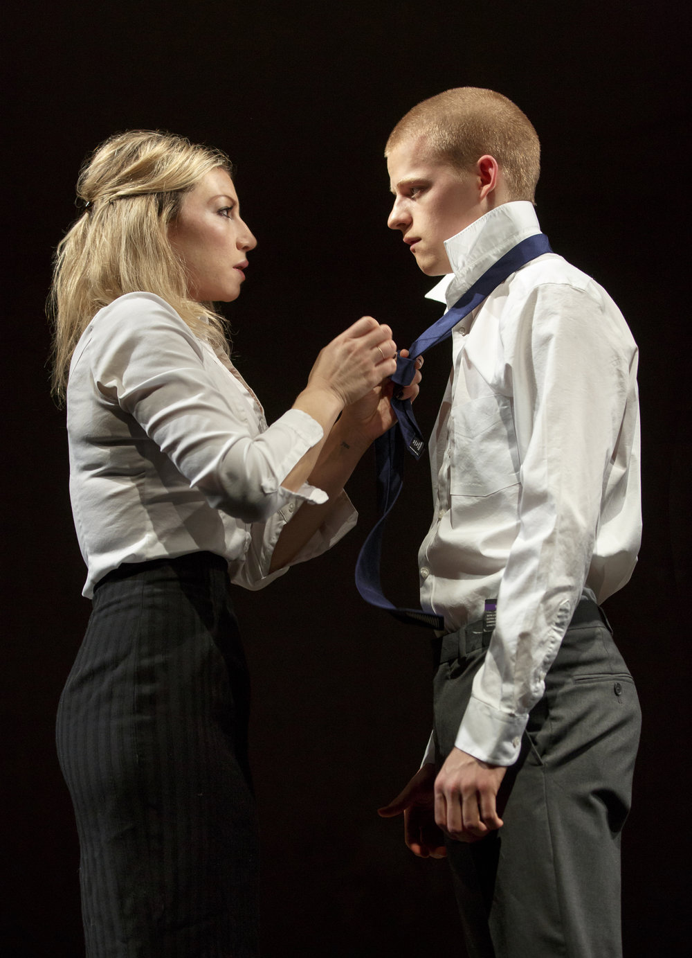 074.Ari-Graynor-and-Lucas-Hedges-in-YEN-at-MCC-Theater-Photo-by-Joan-Marcus-WEB.jpg