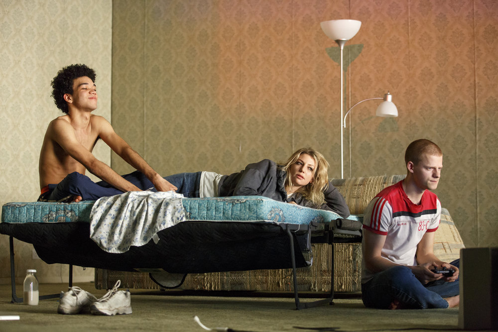 092.Justice-Smith-Ari-Graynor-and-Lucas-Hedges-in-YEN-at-MCC-Theater-Photo-by-Joan-Marcus-WEB.jpg