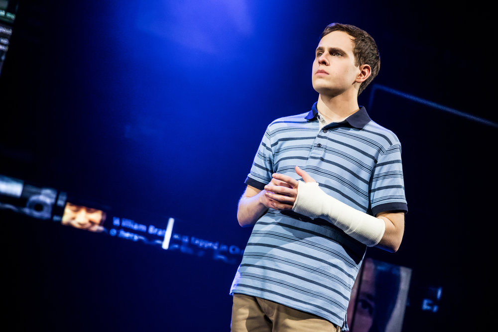 Dear-Evan-Hansen-Taylor-Trensch-0827-Photo-Credit-Matthew-Murphy.jpg