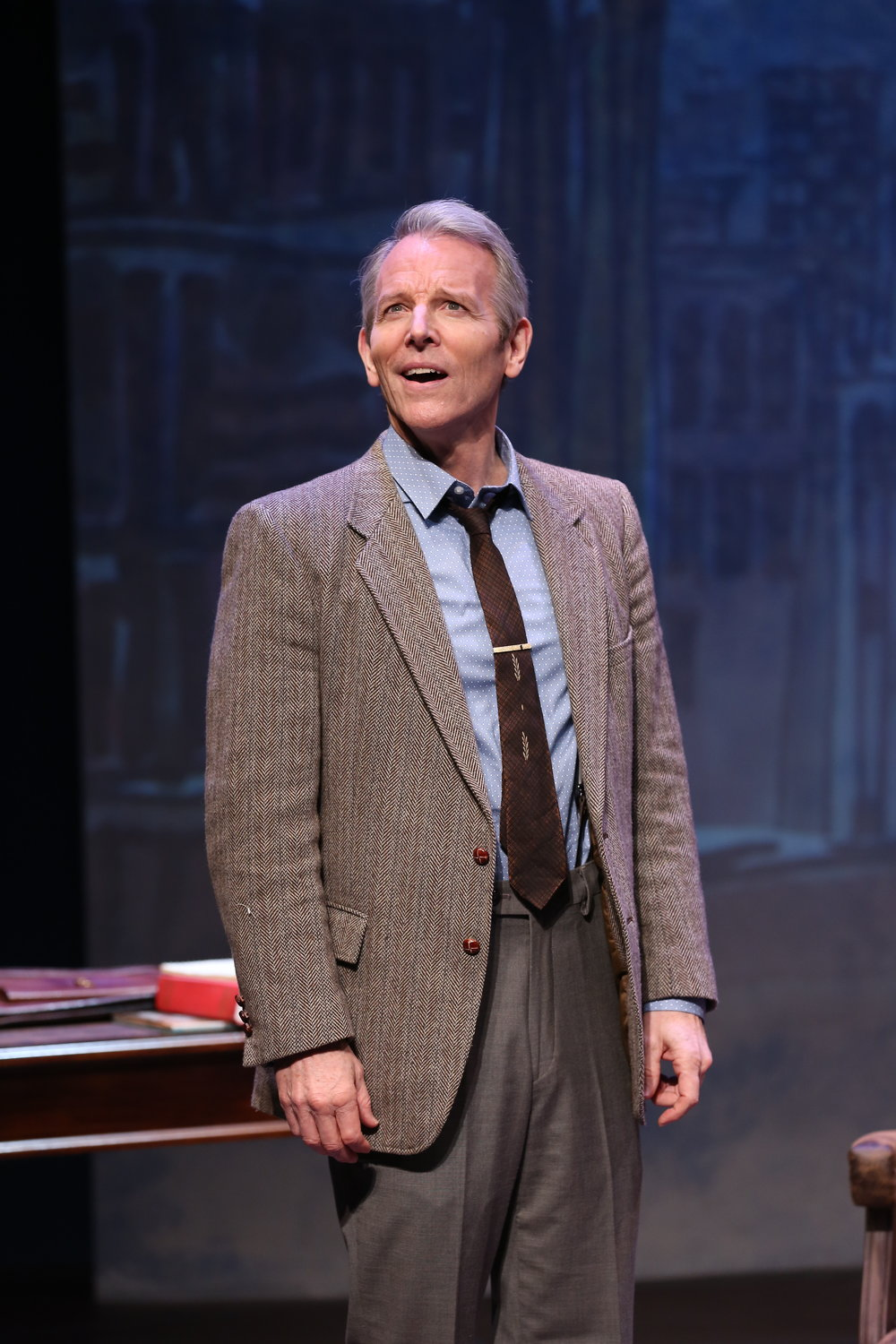 Stephen Bogardus in Irish Rep's ON A CLEAR DAY YOU CAN SEE FOREVER - Photo by Carol Rosegg.JPG