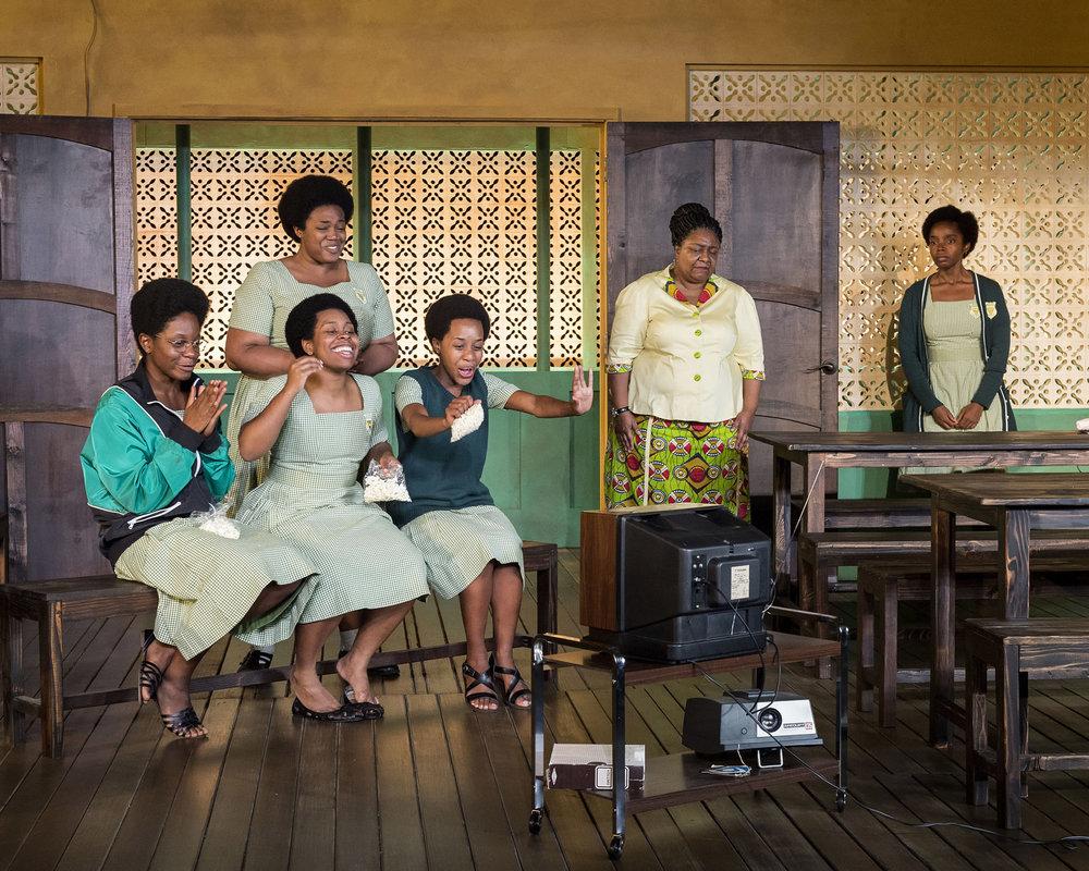 WEB-362.L-R-Latoya-Edwards-Abena-Mensah-Bonsu-standing-Paige-Gilbert-seated-Paige-Gilbert-Myra-Lucretia-Taylor-and-MaameYaa-Boafo-in-School-Girls-Or-the-African-Mean-Girls-Play-photo-by-Craig-Schwartz.jpg