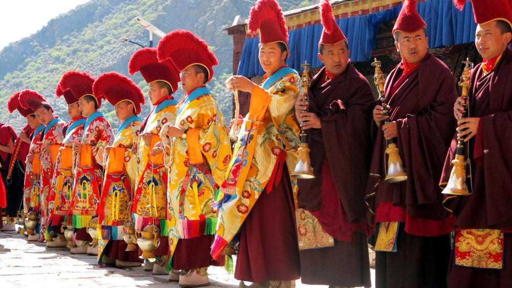 Cham festival Tsurphu monks.jpg