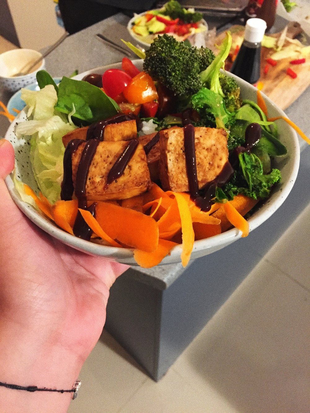 Sushi Bowl - Sometimes you just feel like a whole lot of veges. So whats better than said veges with rice & teriyaki tofu. Easy to make and so nourishing too!