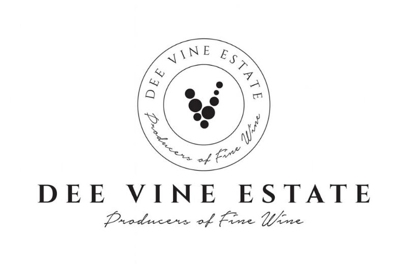 DeeVine_Logo_Centred.jpg