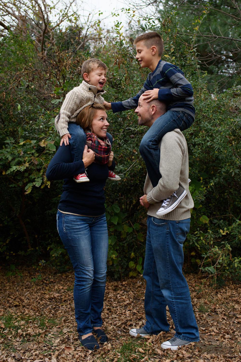 Misty-Prochaska-Lincoln-Nebraska-family-photographer-family-sessions-13.jpg
