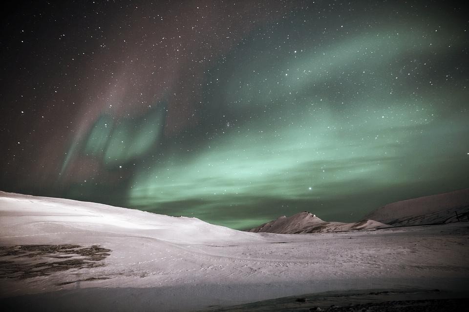 aurora-.jpg