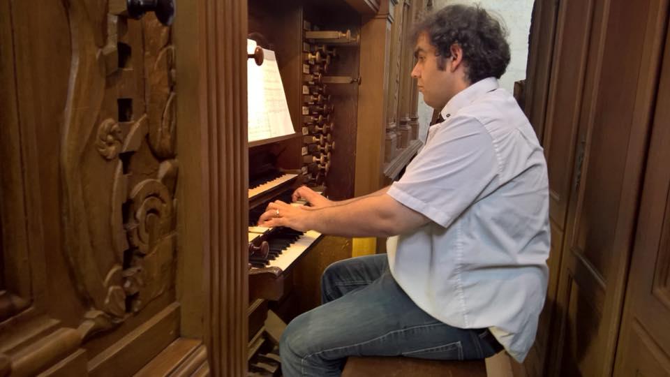 Yhibaut au gd orgue de Tours .jpg