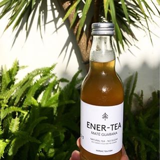 When you need some extra energy in the winter times 🙌🏽 #enertea #energy #guarana #tea #bottledtea #energydrink #caffeine #mategreentea #greenteaenergy #greentea #nosugar #health #healthydrink #nocalories #diet #fitness #fitnesstea