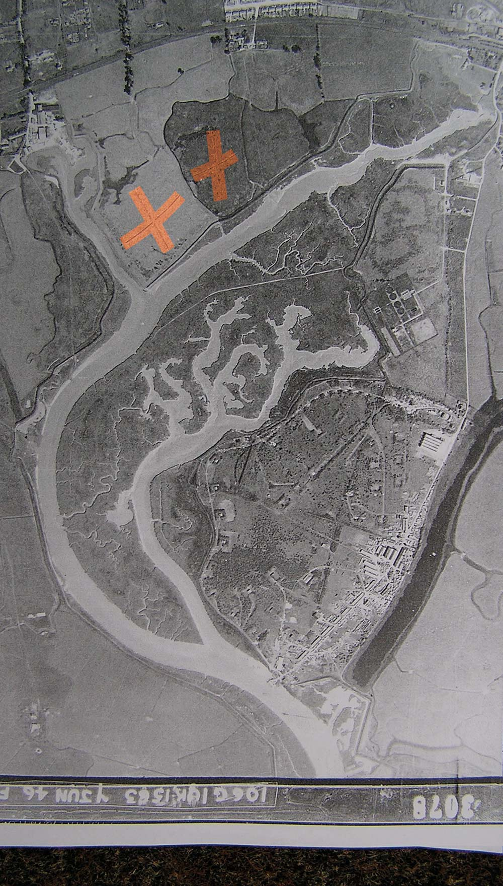 This 1946 RAF aerial photograph of the Pitsea site clearly shows the distinctive cross patterns of glider ditches (picked out in orange) on the marshes to the north. Glider ditches were more extensively cut into the marshes to the East of the site.
