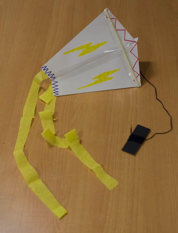 kite_making.jpg
