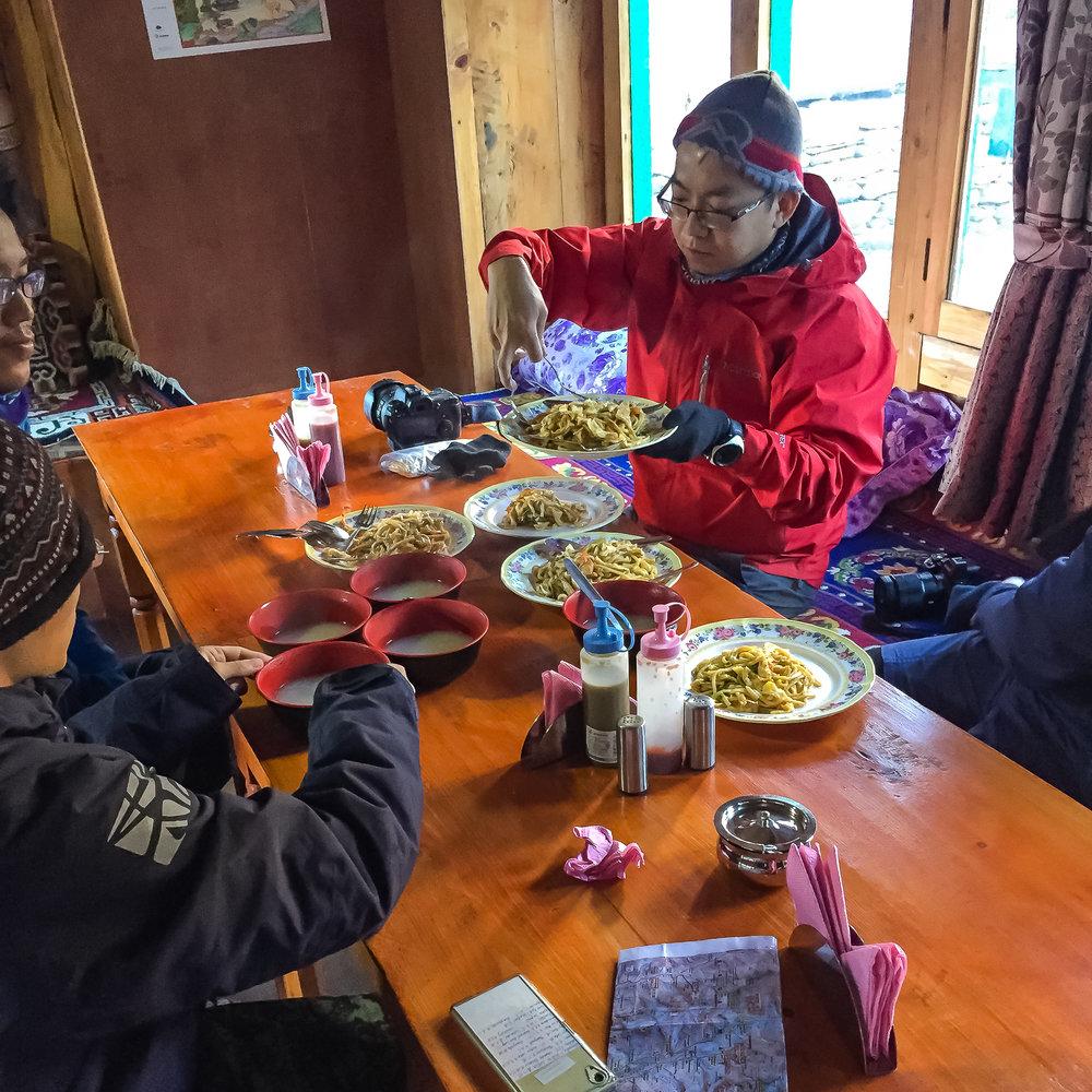 EverestTrekPart3_014_001.jpg