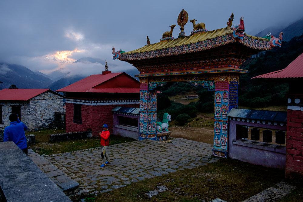 EverestTrekPart8_019.jpg
