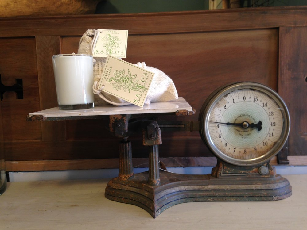 Vintage kitchen scales like this one, have become great collector's items