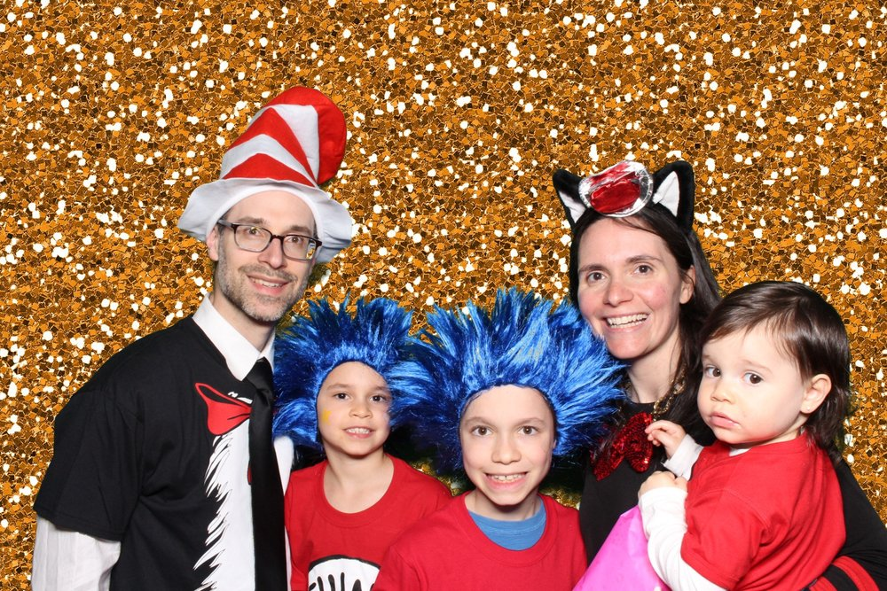 Off the Wall Photo Booths Bat Mitzvah