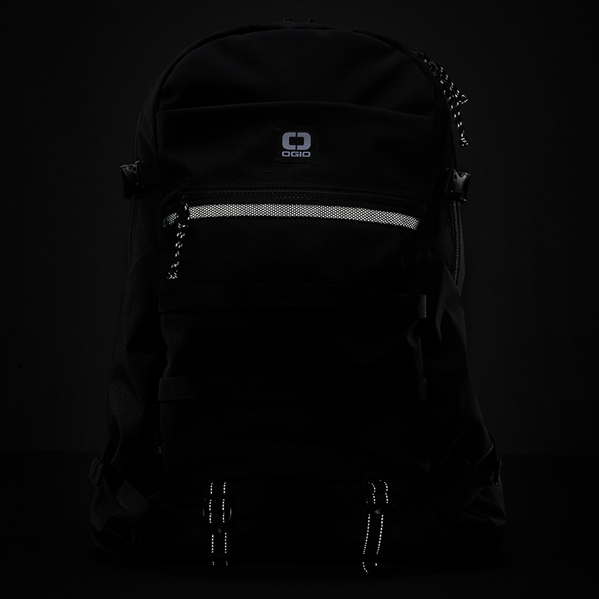 Ogio-convoy-320-backpack-review-04.jpg