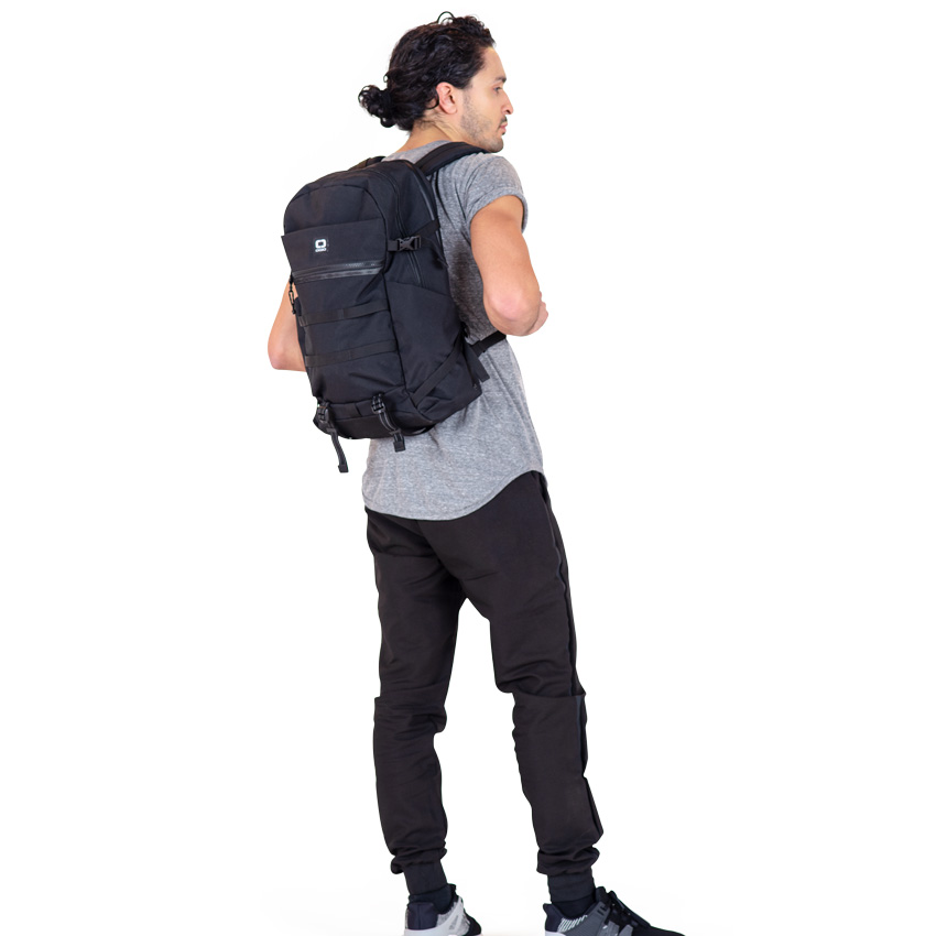 Ogio-convoy-320-backpack-review-05.jpg