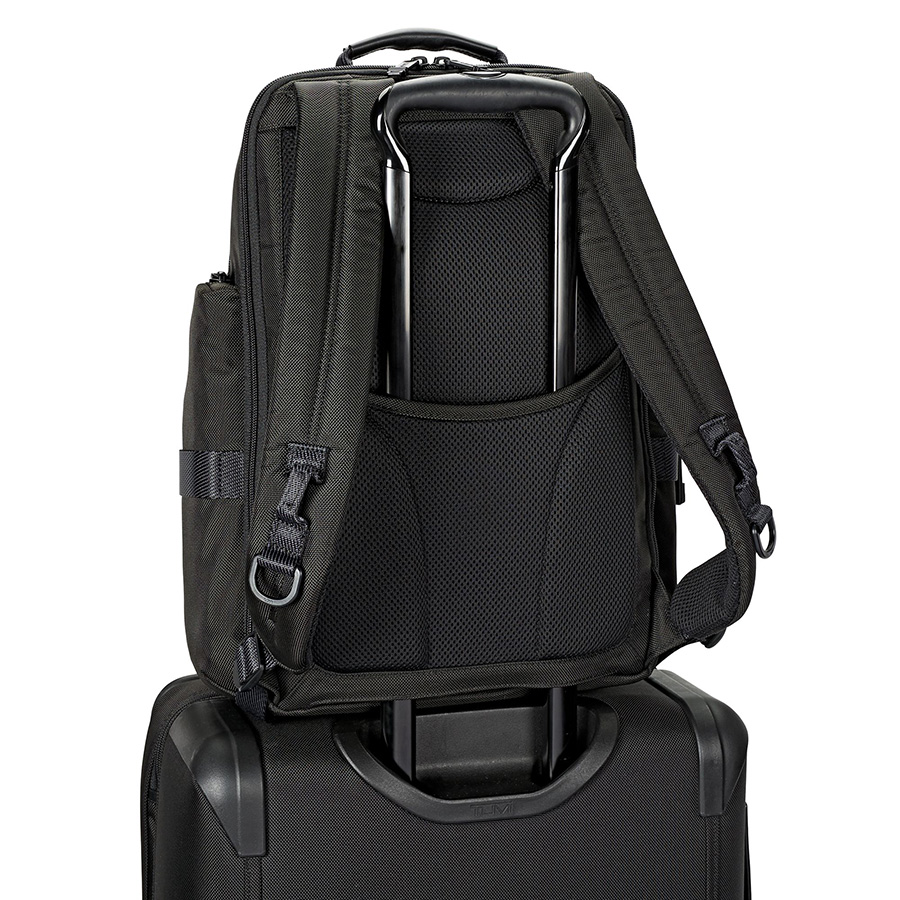 tumi-sheppard-brief-backpack-03.jpg