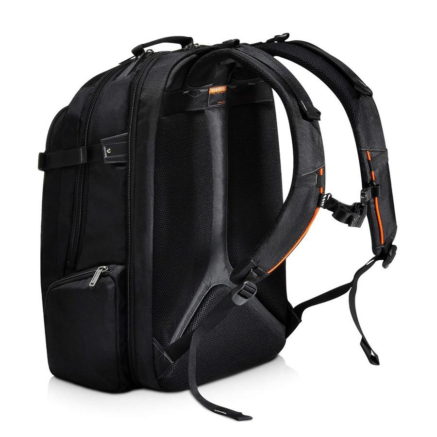 everki-titan-backpack-03.jpg