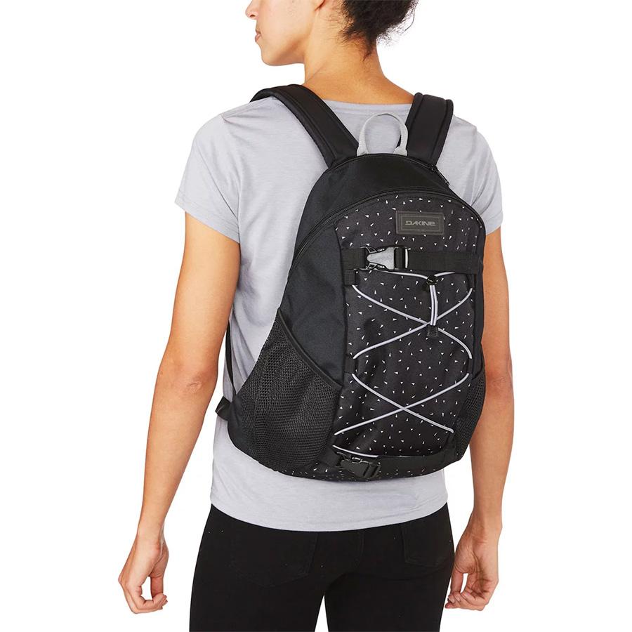 dakine-wonder-backpack-04.jpg