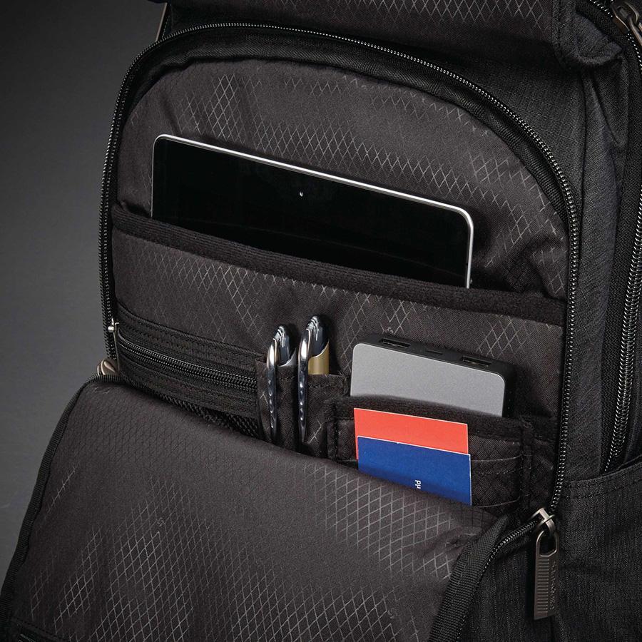 samsonite-modern-utility-paracycle-backpack-03.jpg