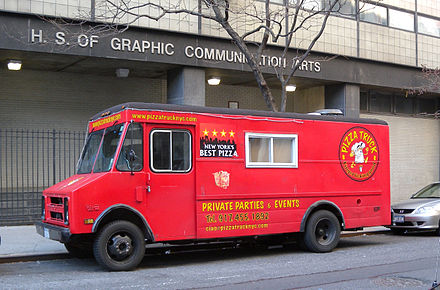 A pizza truck in New York City, 2009