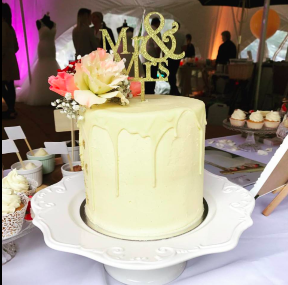 Simply Cake Co  with their beautiful Wedding cakes on show