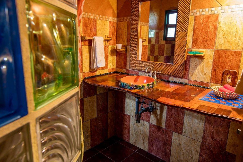 caribbean dive vacations, stay at Jade Seahorse Utila, Honduras