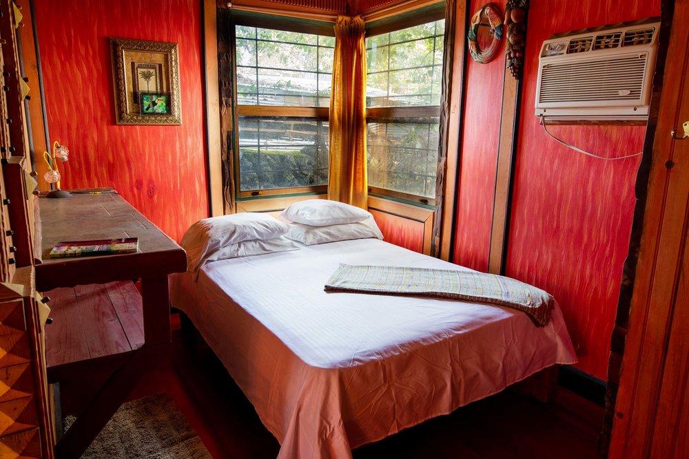 Utila accommodations at Jade Seahorse