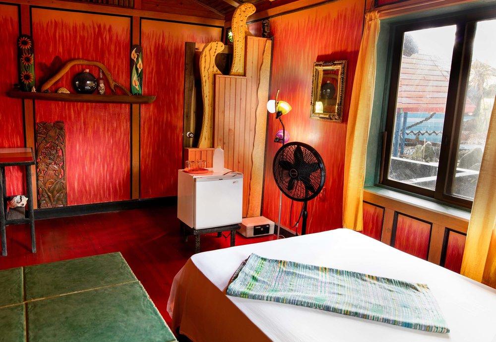 Utila island hotel and accommodations
