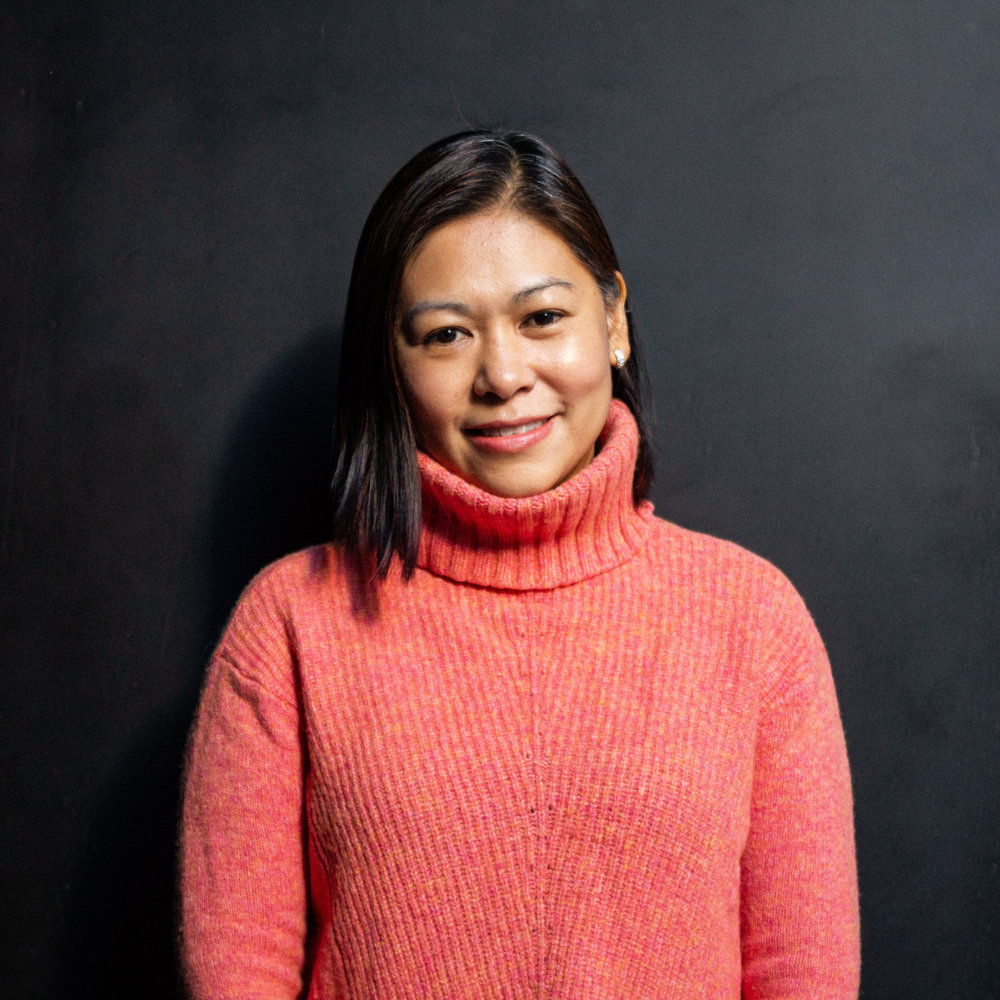 WINNIE LEE - ADMINISTRATIVE ASSISTANT_______Originally from Hong Kong, Winnie and her husband moved to New York in 2002 to start their business in the city. Winnie and her husband both live in midtown with their two children and their cat! They joined the Hope family in 2016. Winnie enjoys navigating city life as a parent, and loves exploring many cultural food options. Most of all, Winnie loves to get away with her family to some really quiet places.WINNIE@HOPECHURCHNYC.ORG