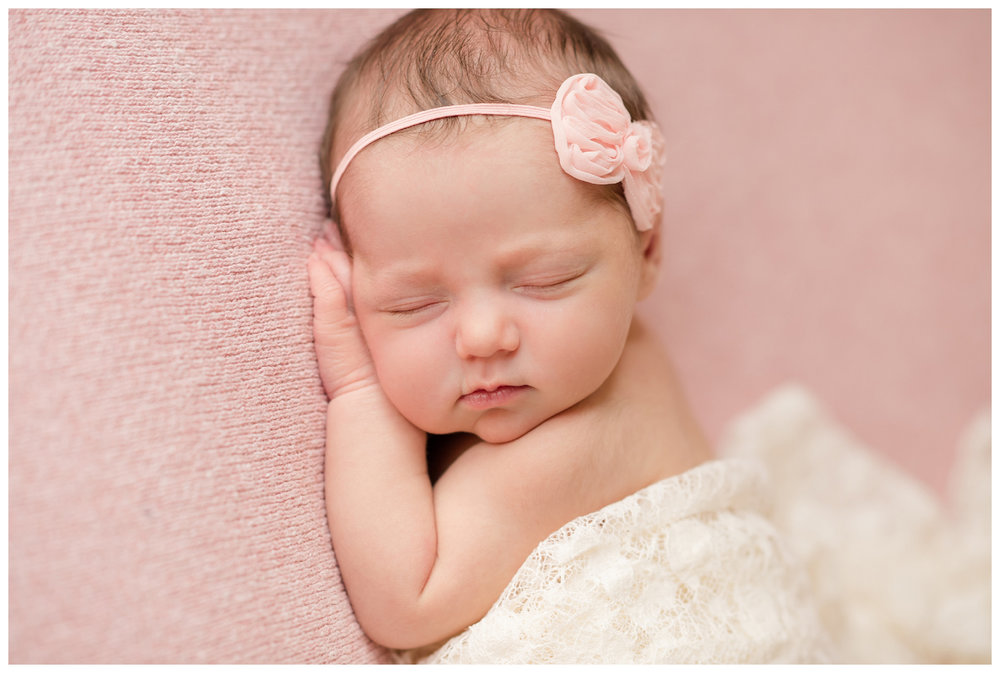 Newborn-Photographer-Sweet-Light-Portraits11.jpg