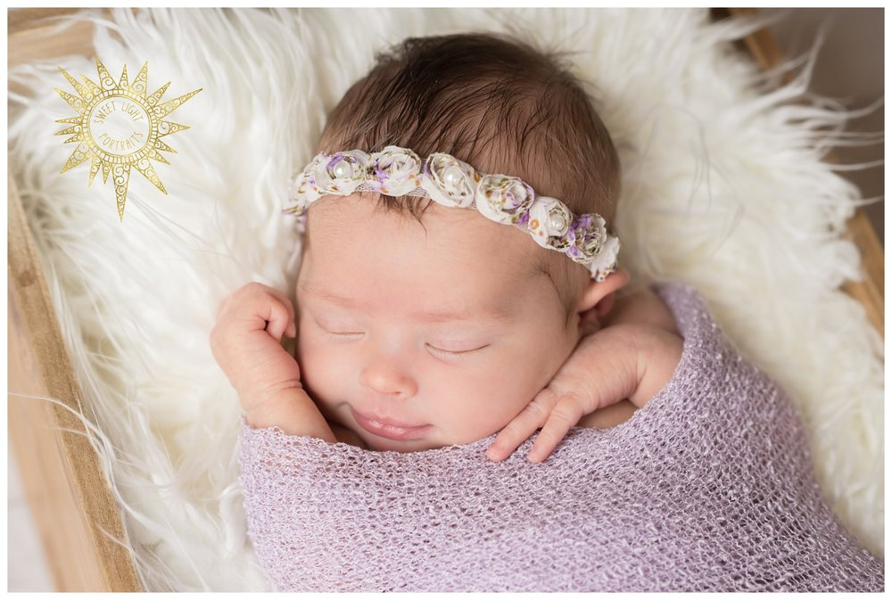 Newborn-Photos-Sweet-Light-Portraits29.jpg
