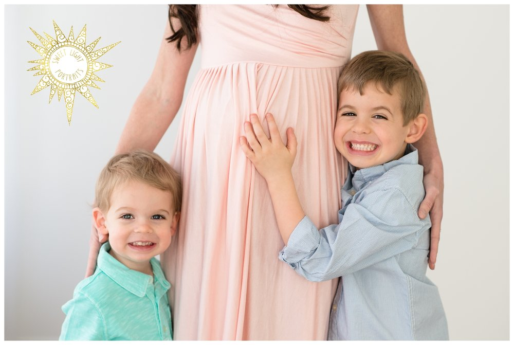 a82bb9e8d050d The B's Are Expecting — Sweet Light Portraits | Maine & NH Family ...