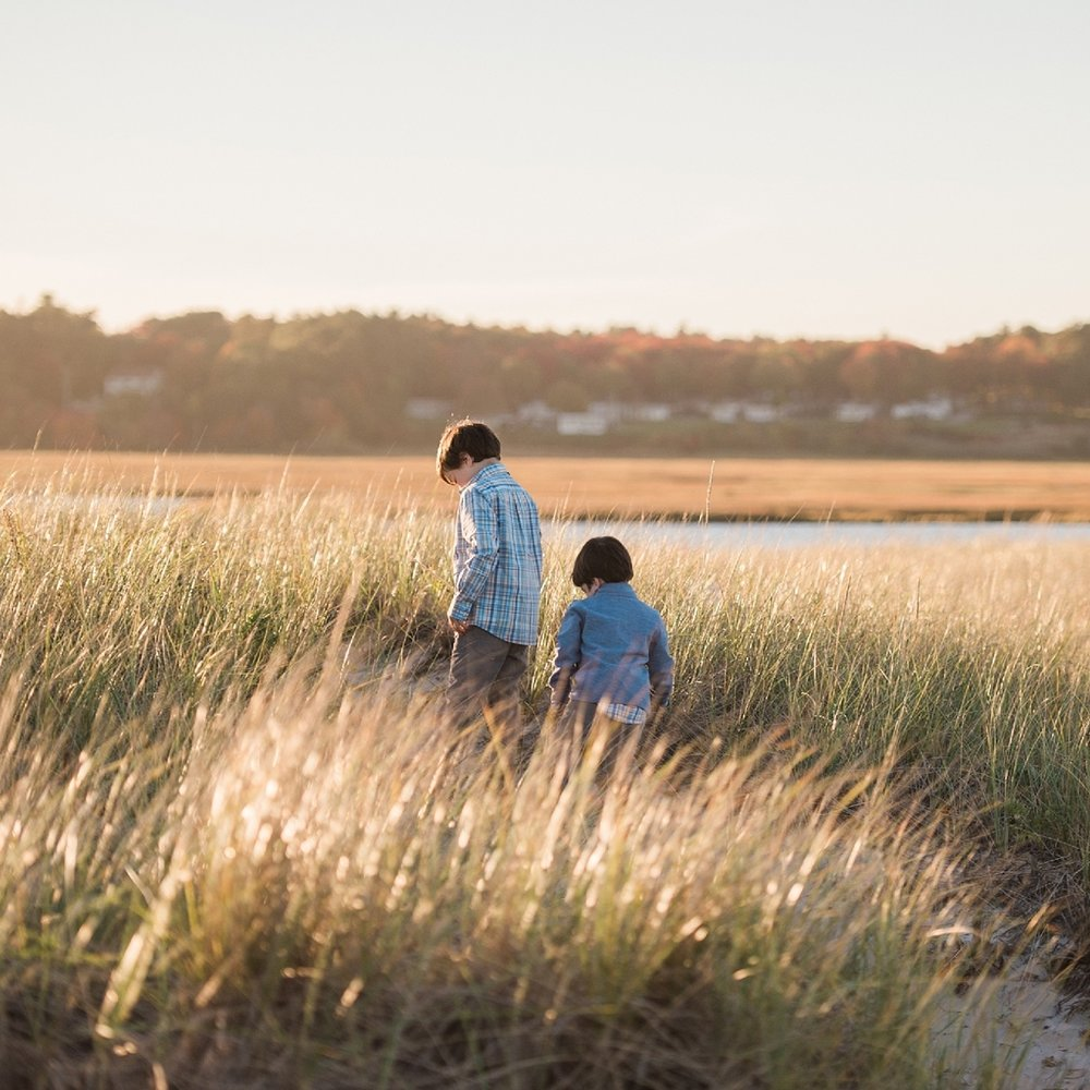 Sweet Light offers custom family photography at the beach in York, Maine and Rye NH. Create lasting memories of your family through a custom photography session.