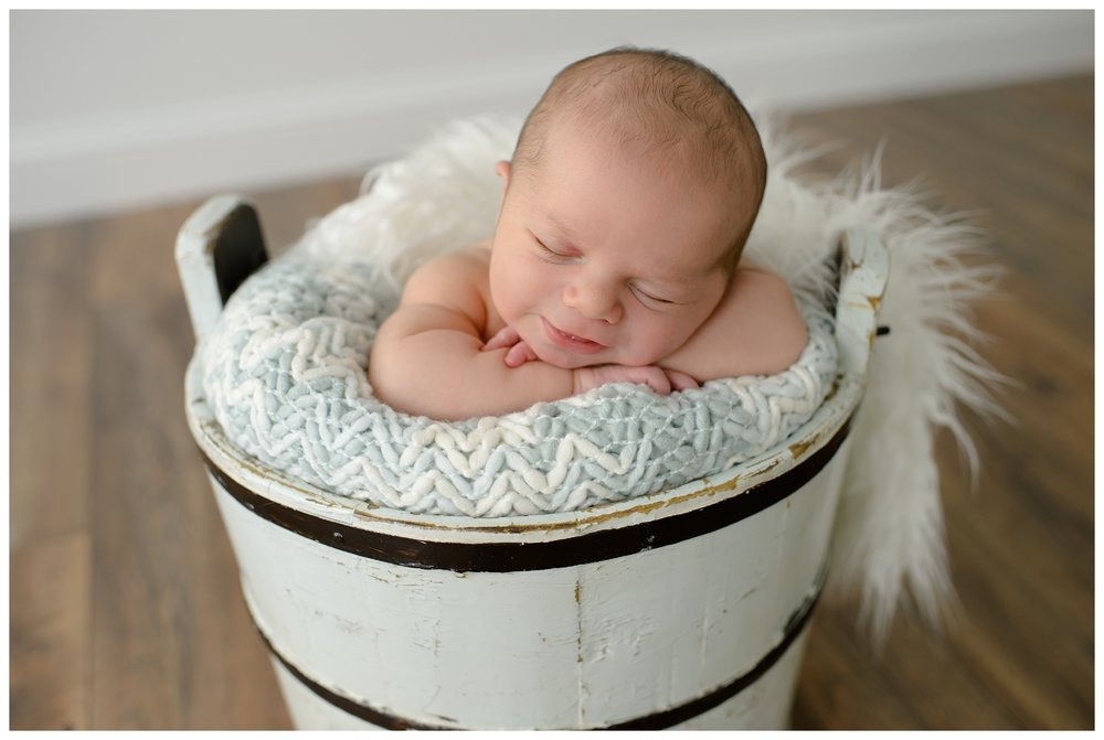 Newborn-Photographer-Sweet_Light-Portraits_0566.jpg