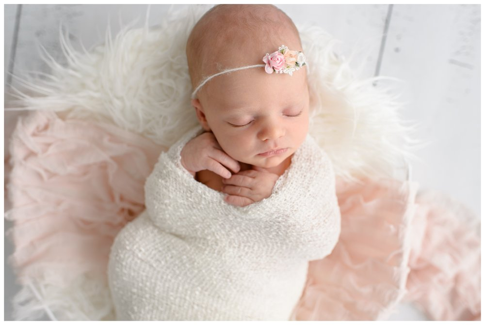 Newborn-Photographer-Sweet_Light-Portraits_0564.jpg