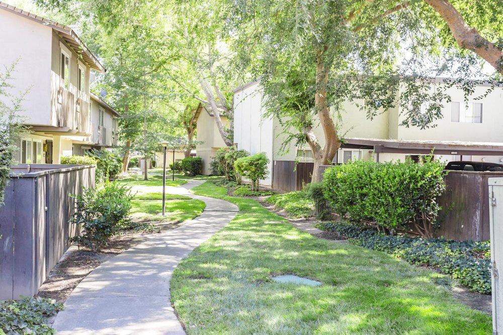 8812 La Riviera Dr #A Sacramento Sara Muir-32.jpg