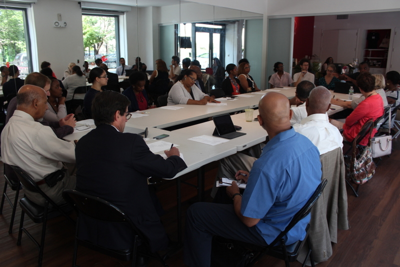In August of 2016, the Cardiovascular Working Group of Community Care Brooklyn hosted meeting in East Arts NY with project consultant team to gather feedback and review of asset development tools being used by local community research team.