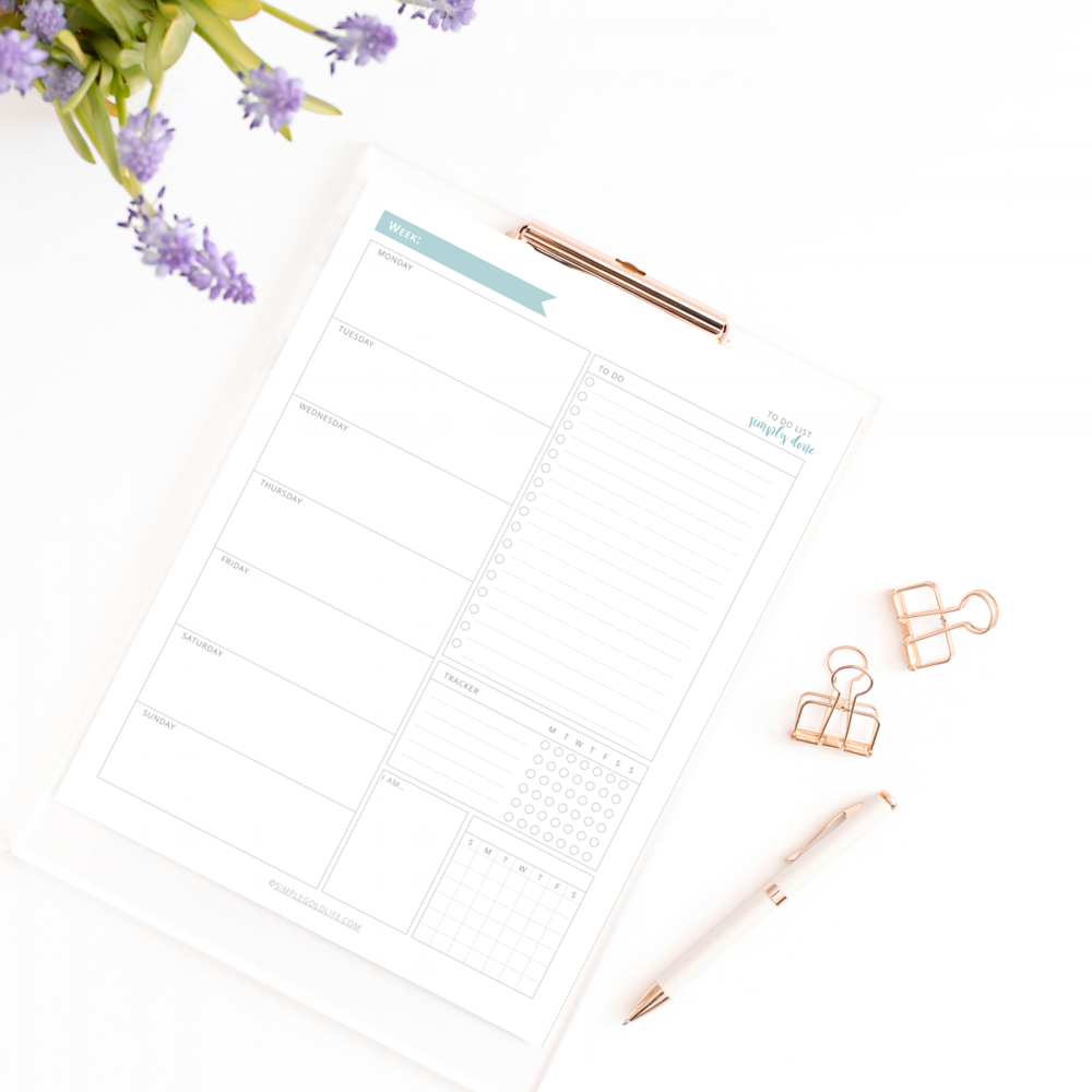 Planning your week helps you stay focused on your projects. Dedicate and set clear times so you can continue on any decluttering project you have. More tips at SimpleGoldLife.com