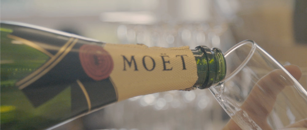Fashion Week x Moet