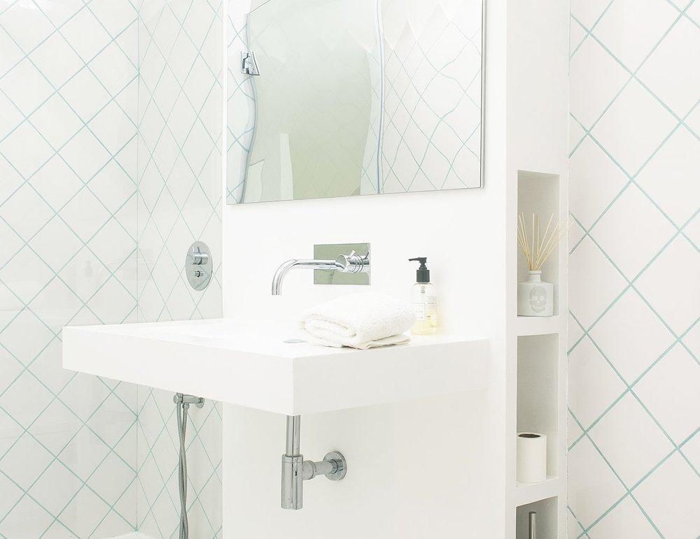 WHITE-ATTIC-duarte-caldas-architect-04-1500x1007.jpeg