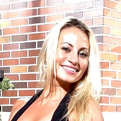 Carlie-Hight_500x500.jpg