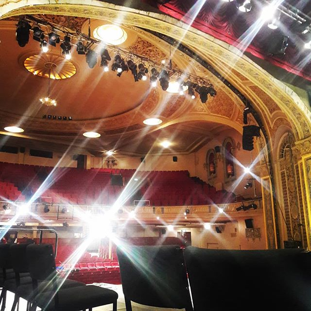 Our sponsors will be sitting on stage for the Fri and Sat night iDXX shows @regentdunedin 😍 #sparkly