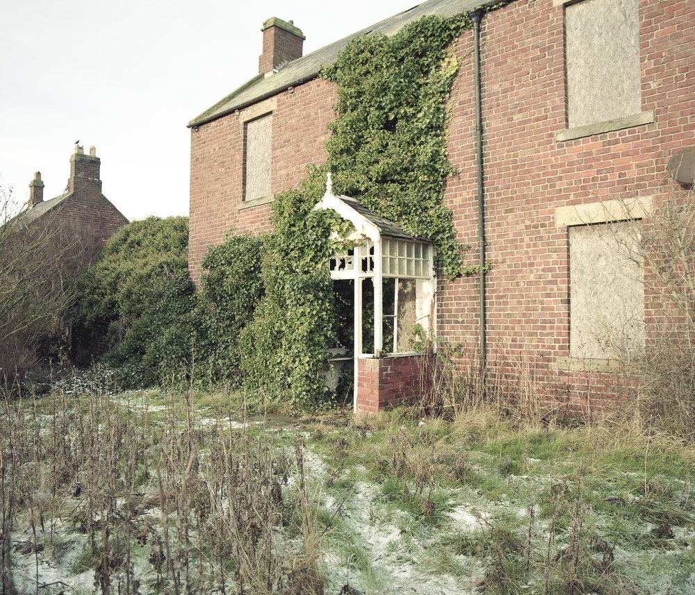 abandonedhouse.jpg