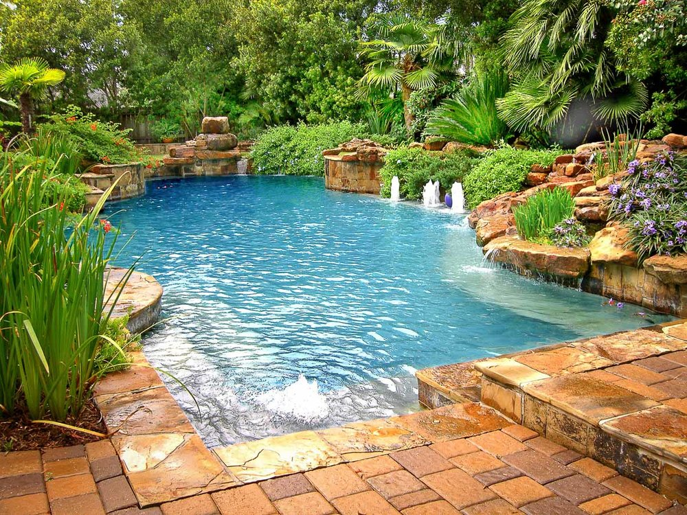 Custom pool builder in the woodlands mirror lake designs for Custom swimming pool designs