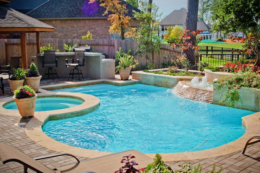 Woodlands Custom Pool Builder and Design 24.jpg