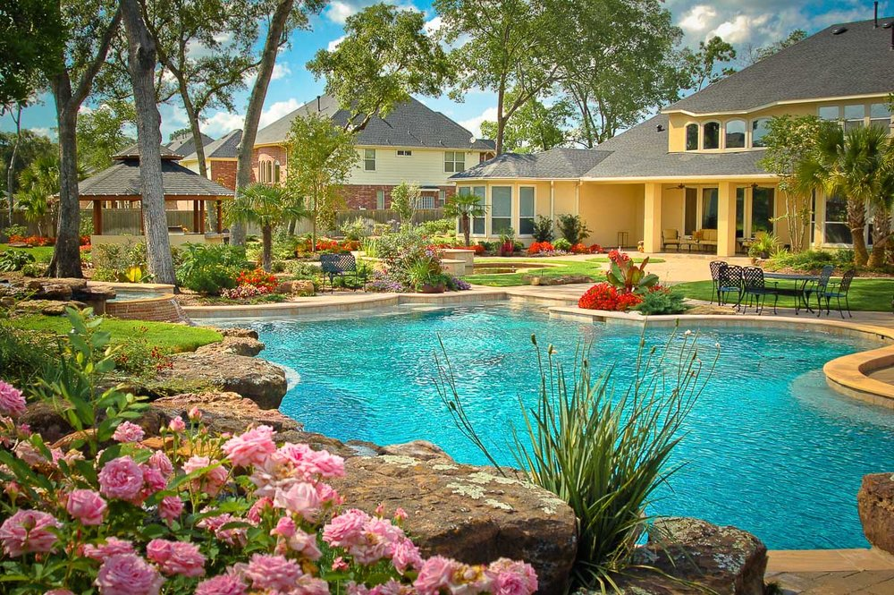 Woodlands Custom Pool Builder and Design 27.jpg