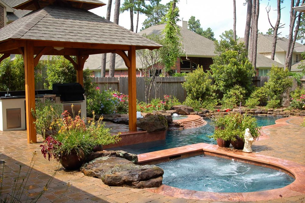 Woodlands Custom Pool Builder and Design 28.jpg