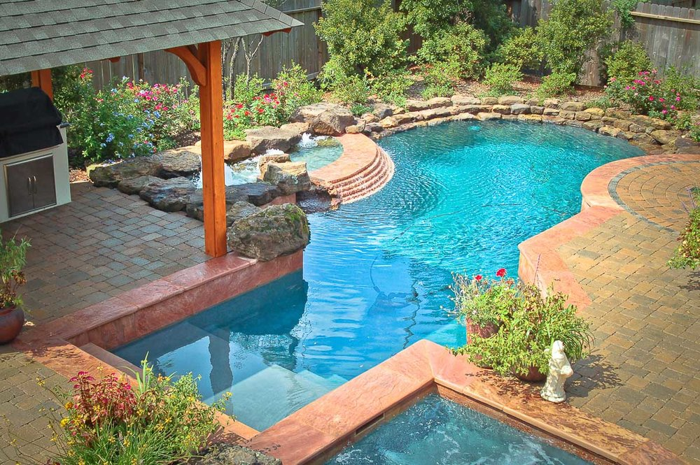 Woodlands Custom Pool Builder and Design 29.jpg
