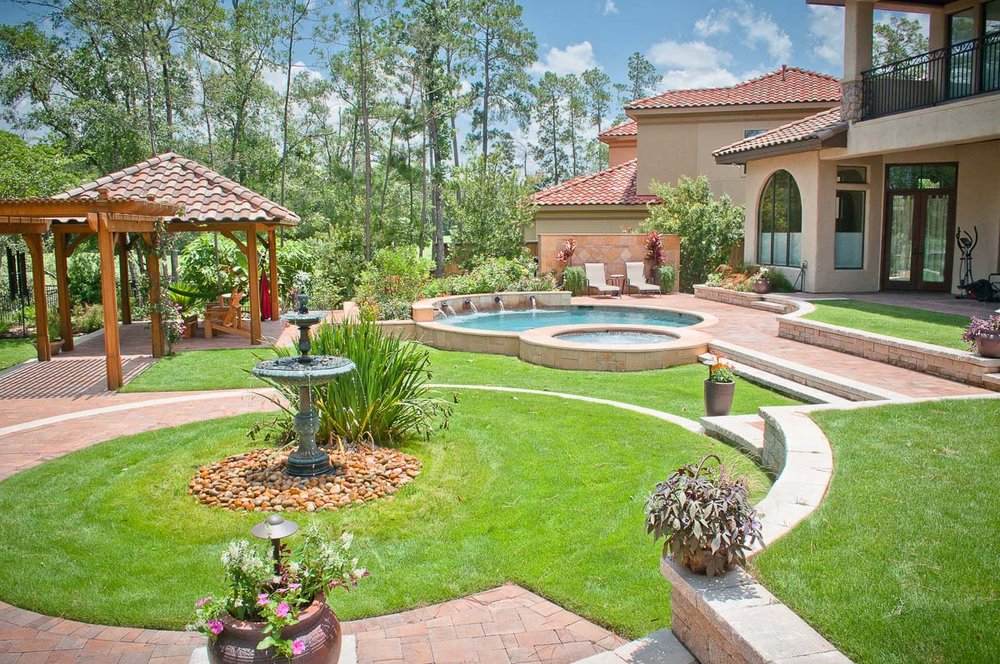 Woodlands Custom Pool Builder and Design 35.jpg
